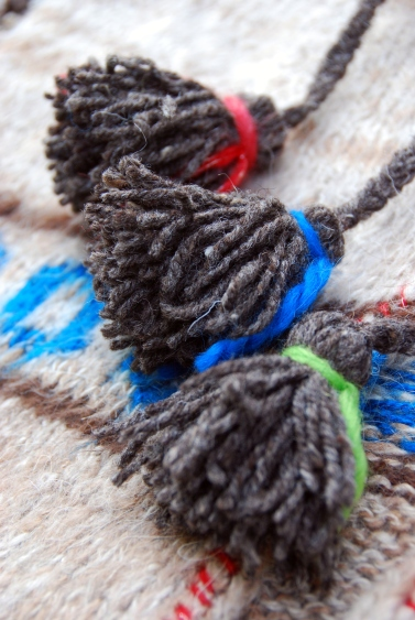 pom pom sweater ties DIY