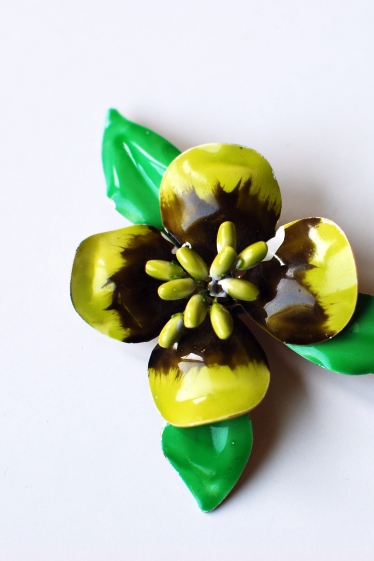 vintage enamel ware pin enameled flower pin yellow green