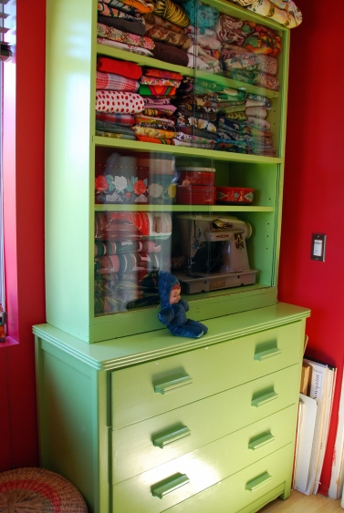 make a hutch DIY dresser and cabinet