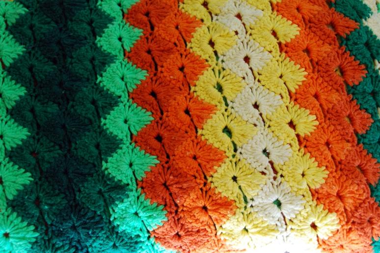 vintage 70s afghan crochet