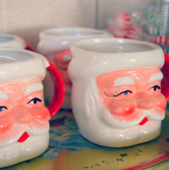made-in-japan-vintage-santa-mugs