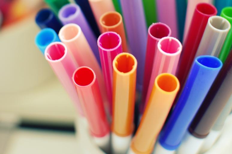 markers-felt-tip-pens