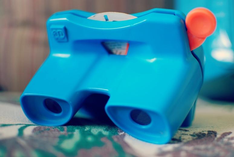 blue viewmaster.jpg