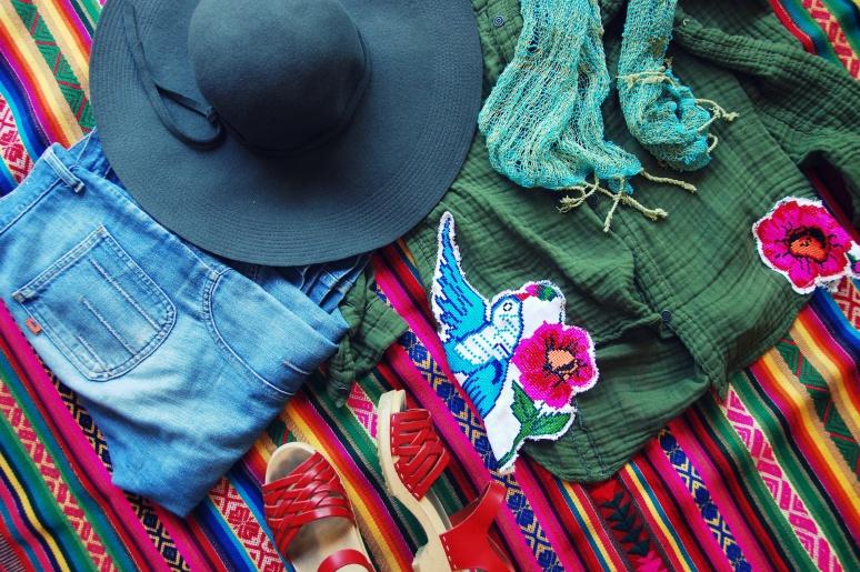 vintage levis sandgrens clog sandals boho style vintage fashion DIY blog